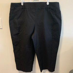 Penningtons Savvy Fit Black Capris Pant Sz 20